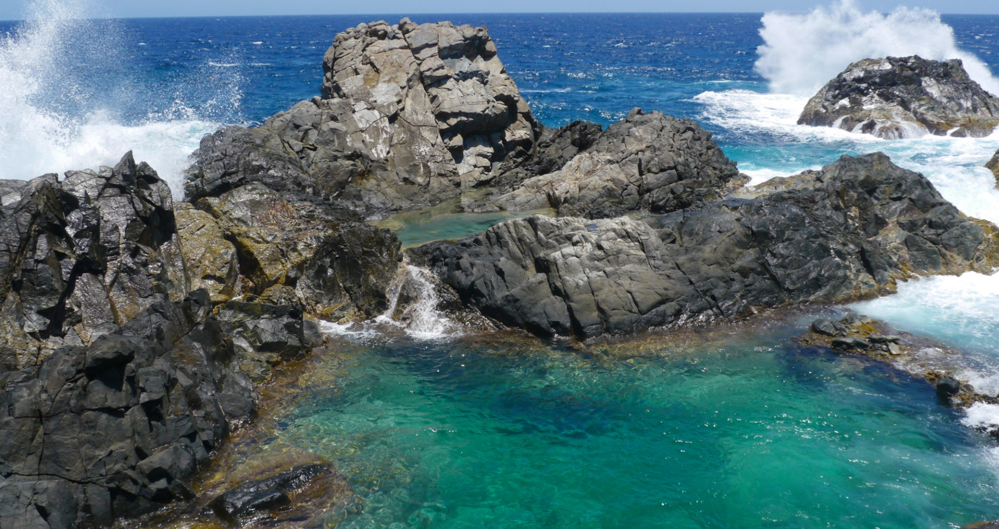 "The Ultimate Guide to Visiting Conchi, or the ""Natural Pool,"" of Aruba"