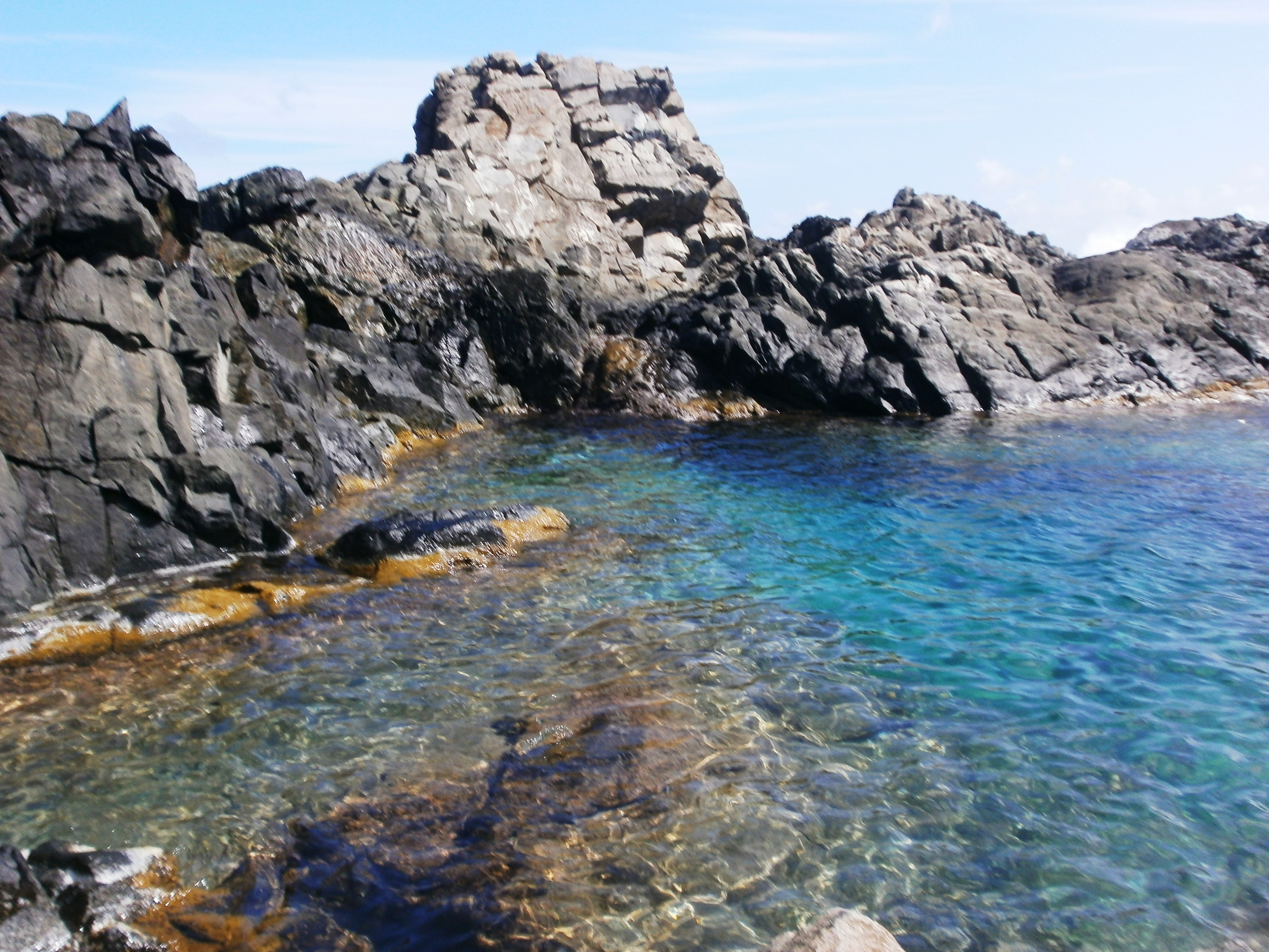 """The Ultimate Guide to Visiting Conchi, or the """"Natural Pool,"""" of Aruba"""