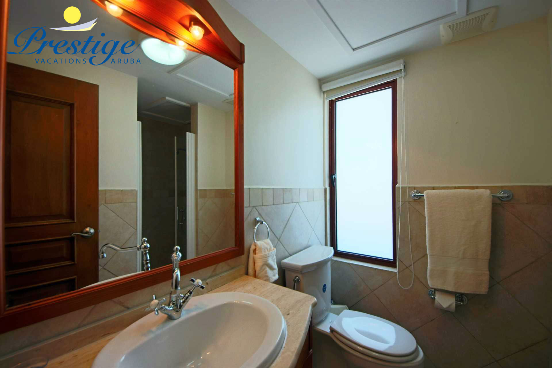 The third en-suite bathroom with a shower