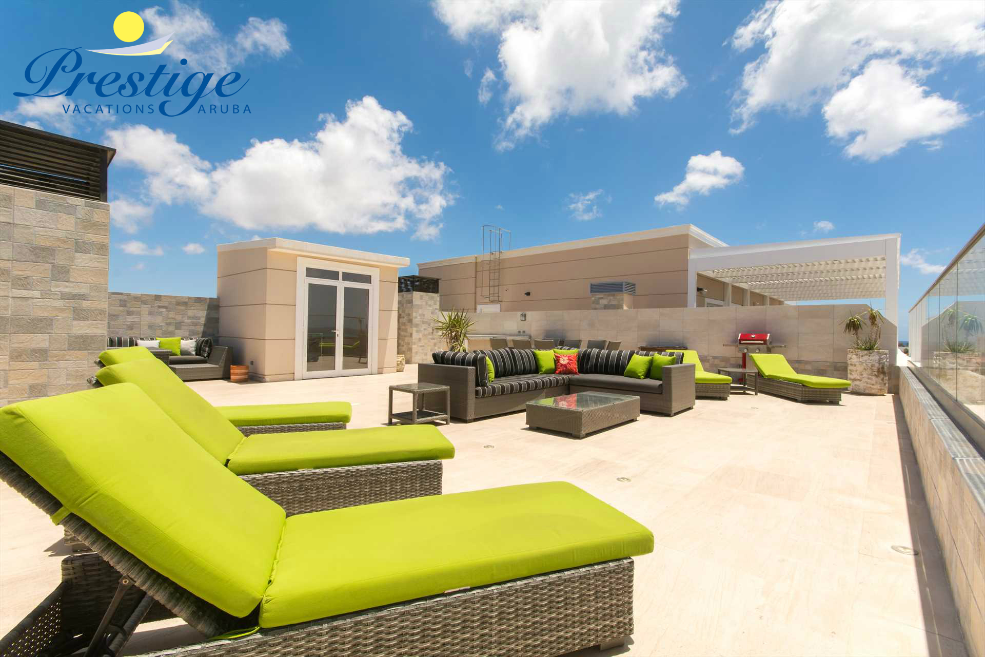 Your sophisticated private vacation rental penthouse located at the LeVent Beach Resort Aruba (no BBQ-grill on the rooftop)