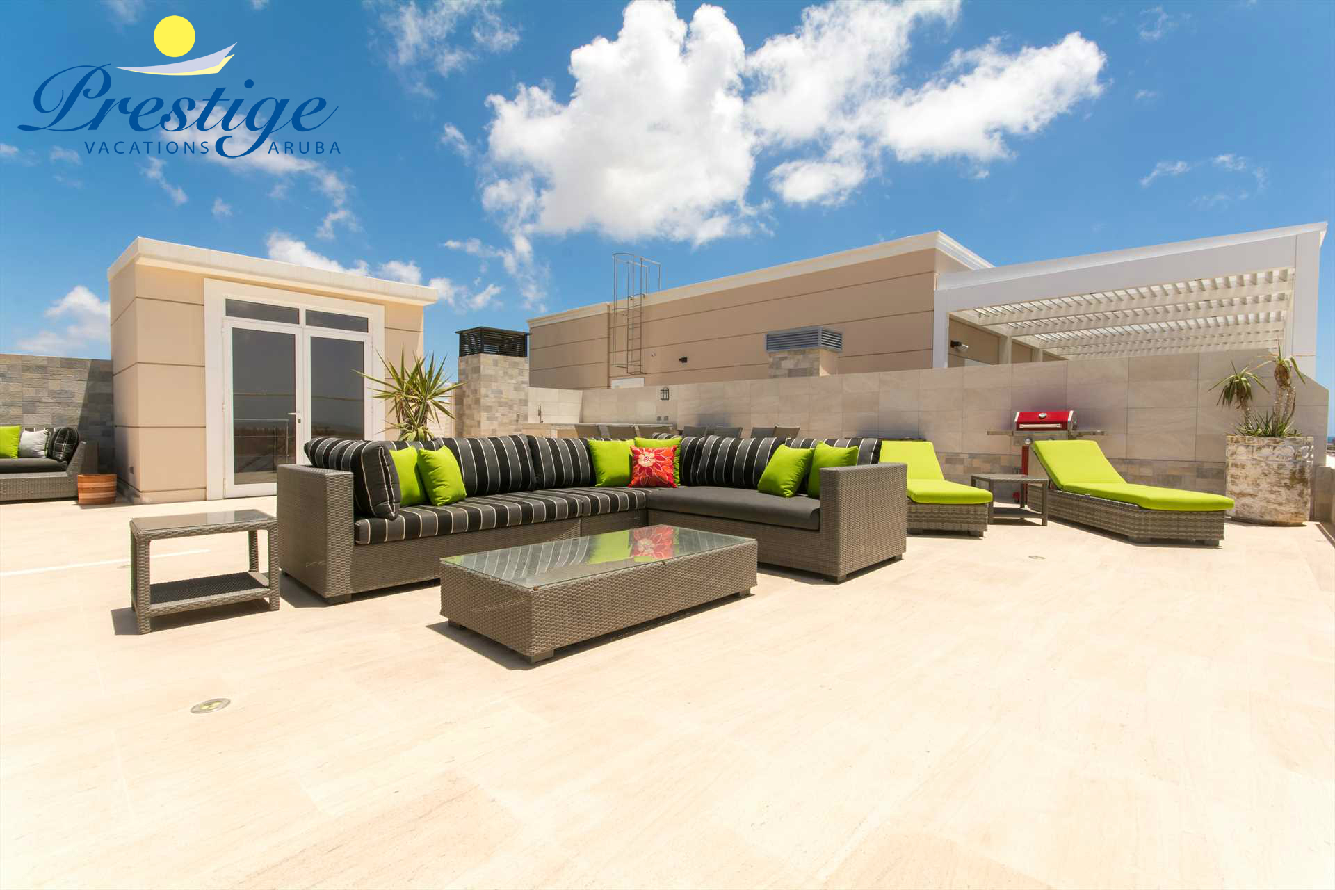 The middle seating area on your spacious private rooftop (no BBQ-grill on the rooftop)
