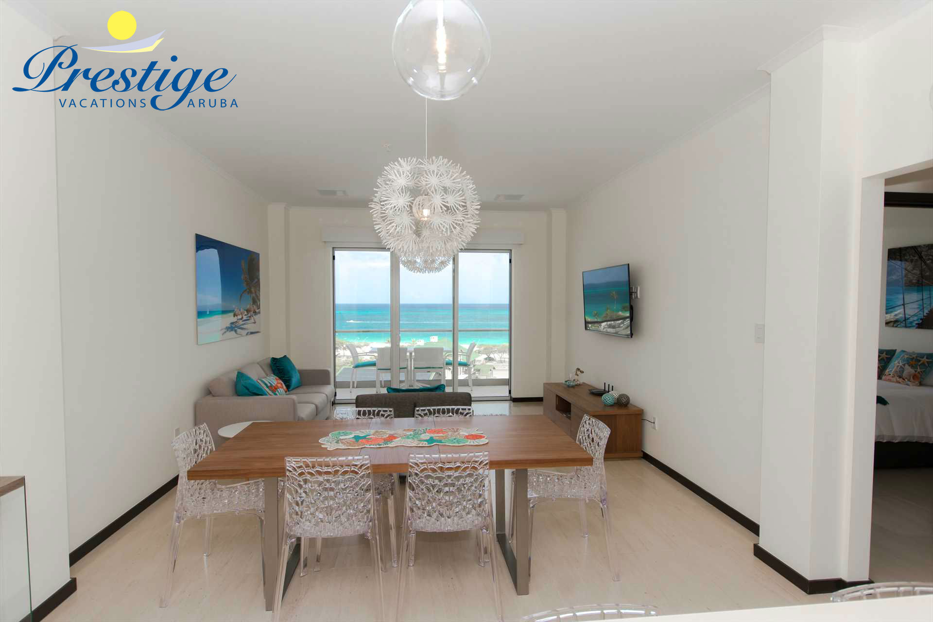 6-seat dining table with stunning views