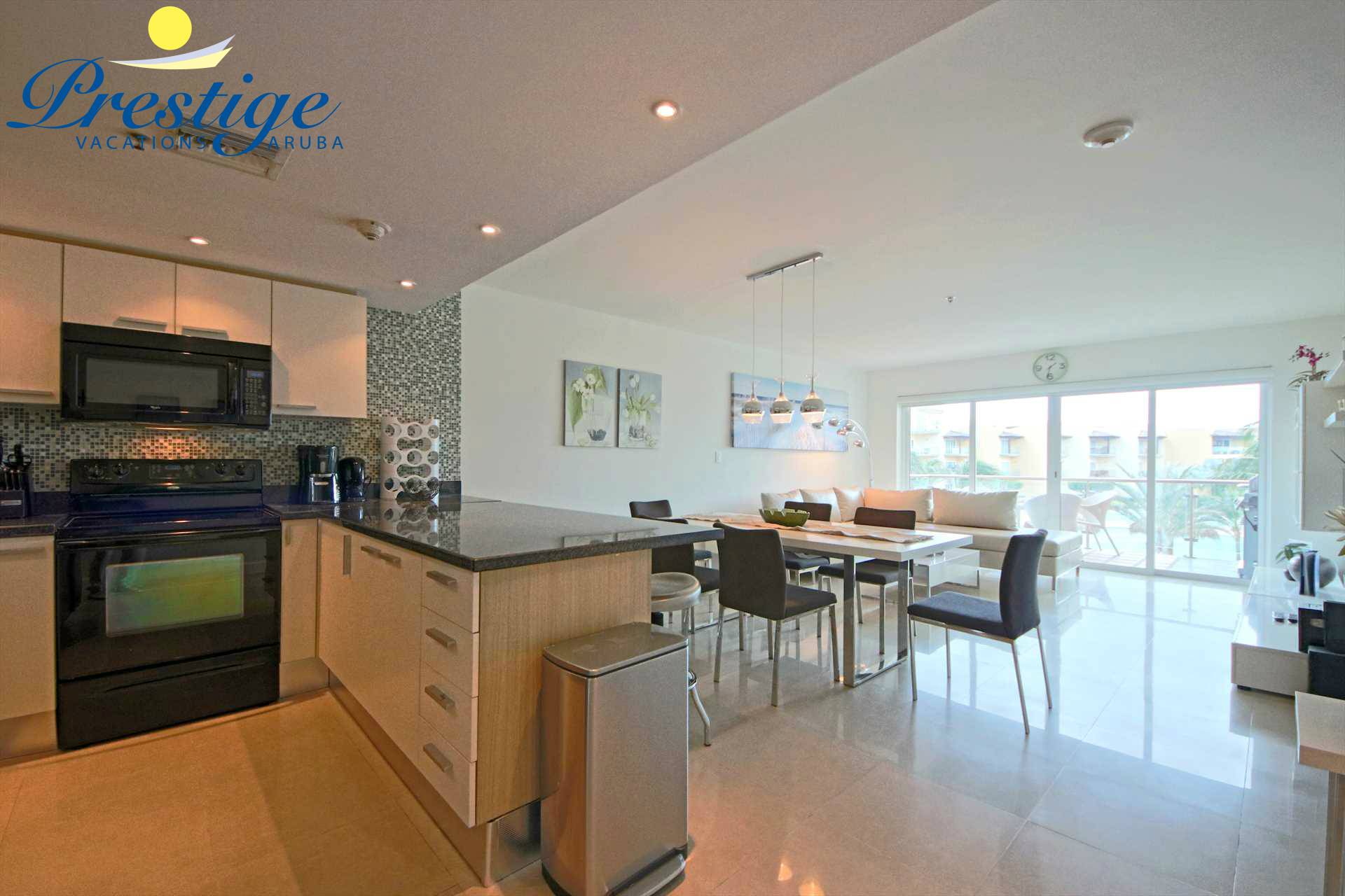 Your spacious, modern and relaxing vacation condo
