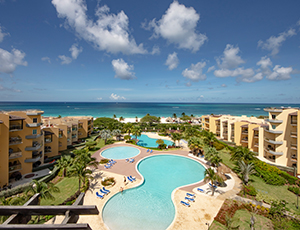 Eagle_beach_vacation_rental_prestige_vacations_aruba_oceania_deluxe_beachfront_condo_resort_main_image