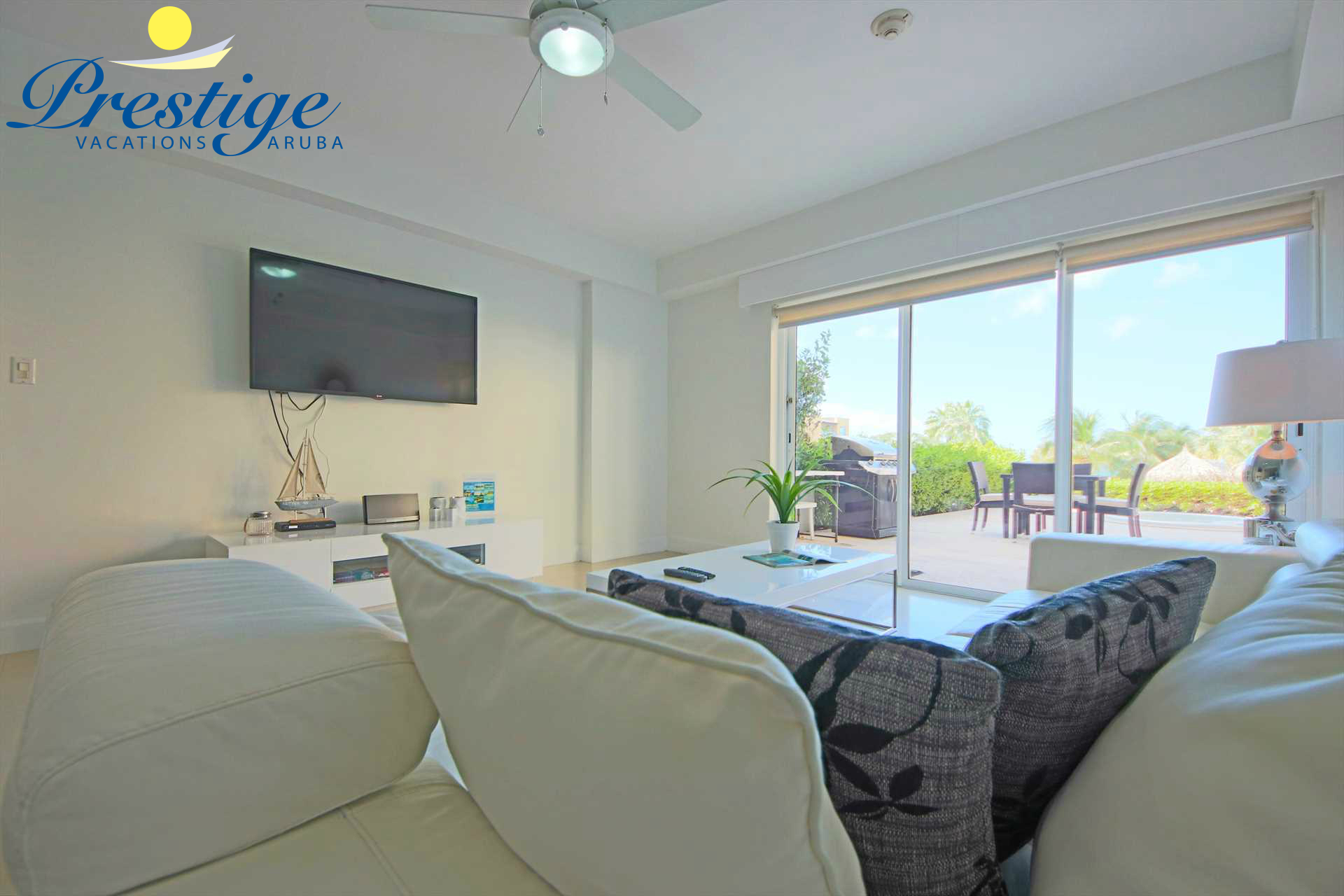 Living room with access to your private terrace
