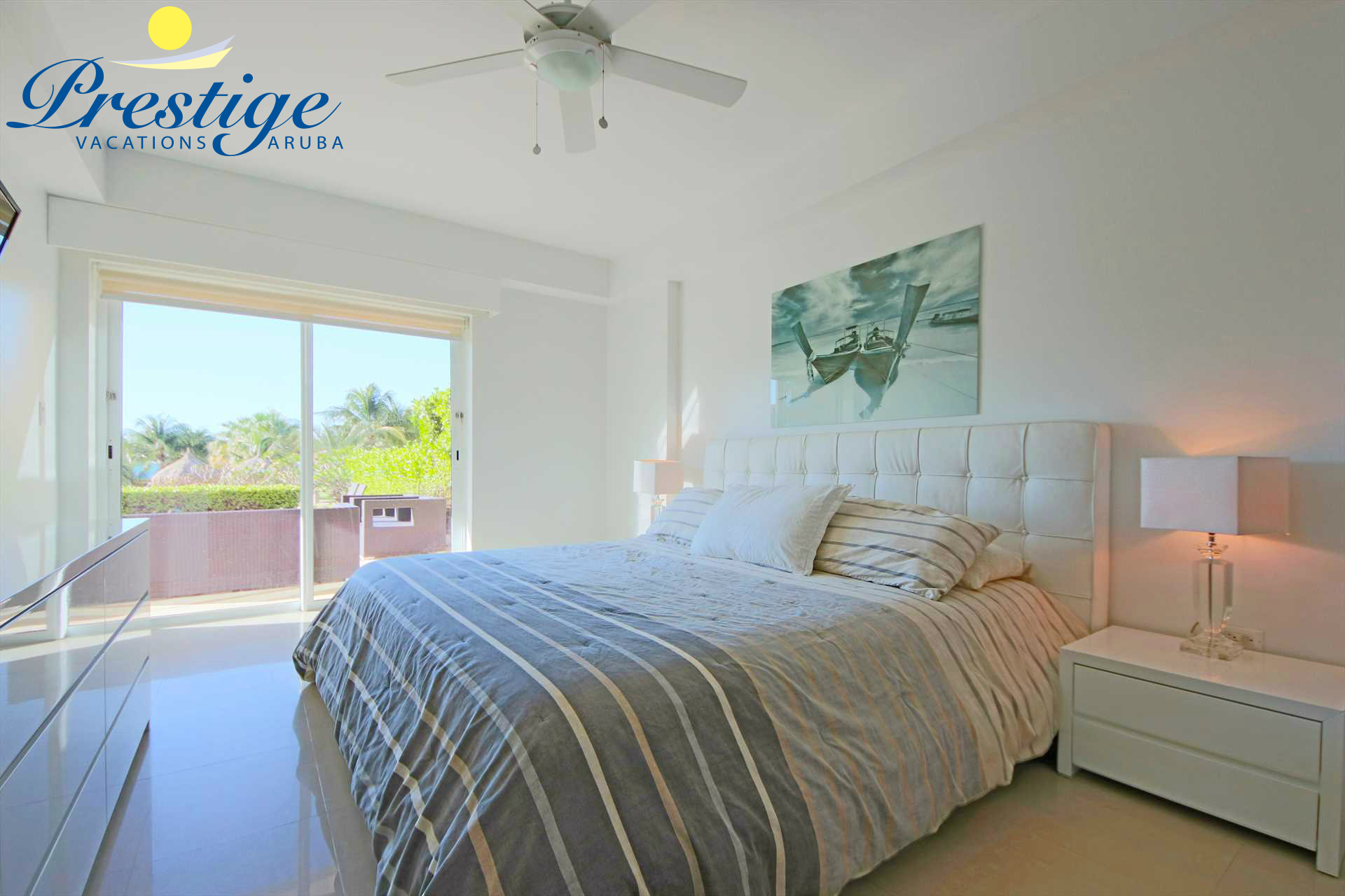 The master bedroom with king-size bed and access to the terrace too
